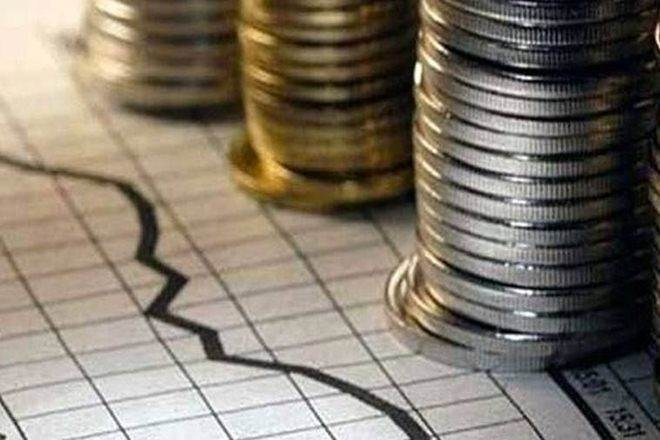 Light at end of tunnel:agarwal on economy